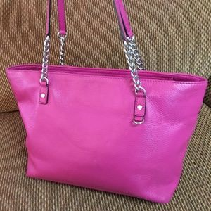 MICHAEL KORS Magenta Pebbled Leather Chain Tote